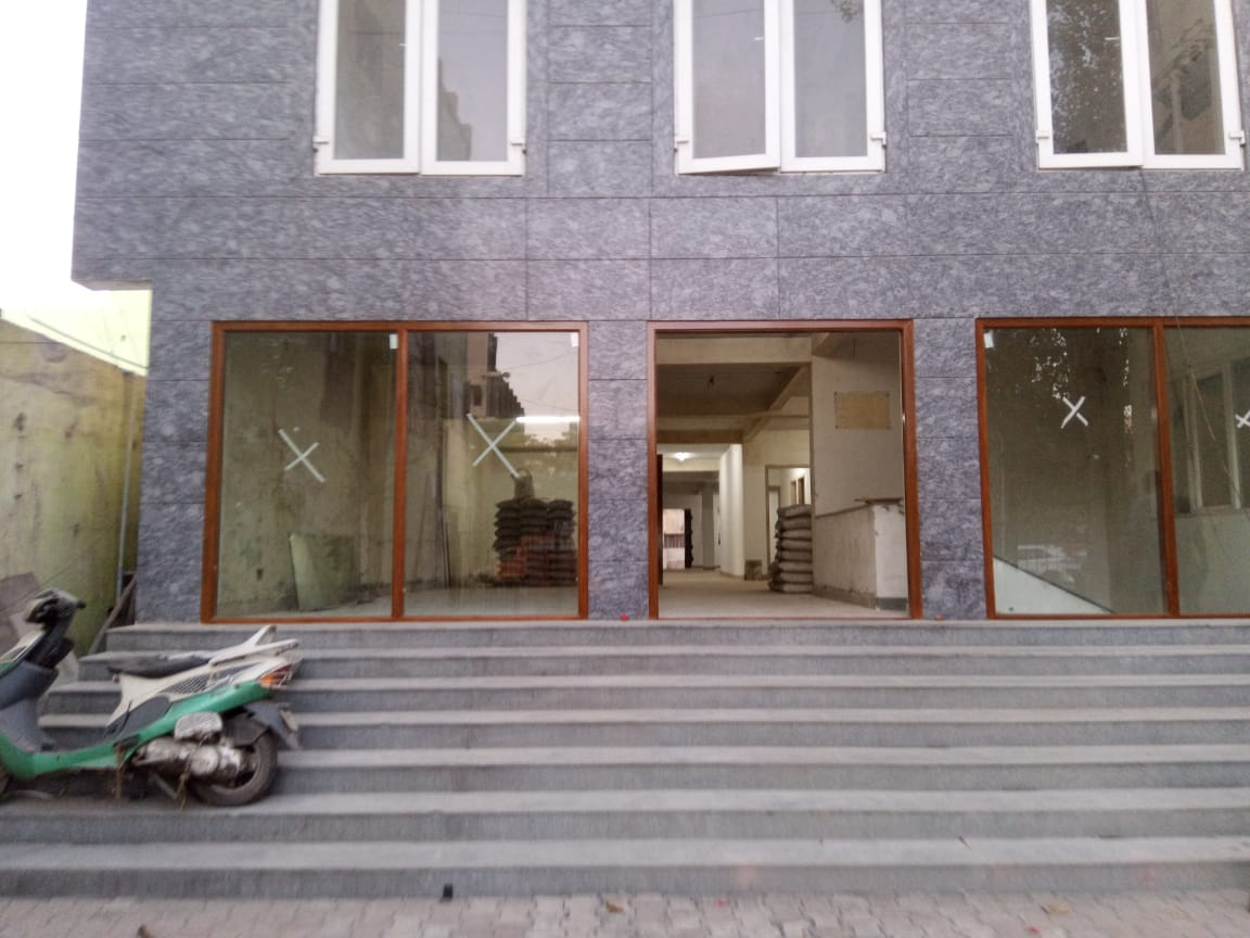 Commercial Space for rent on the Arcot road and Prime location of Kodambakkam, No Brokerage Fee!