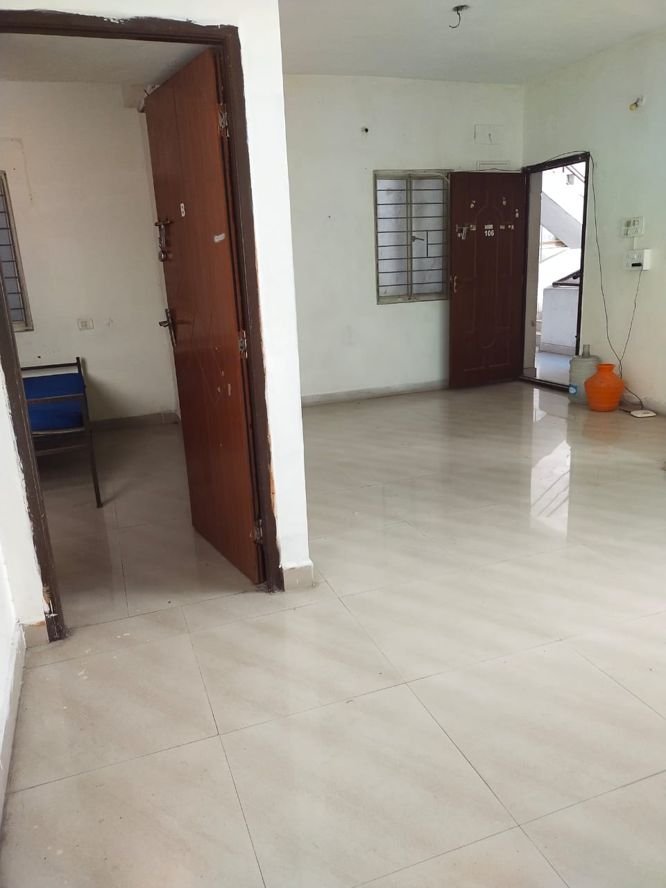 2 BHK house for lease at Sholinganallur just for Rs.7 lakhs